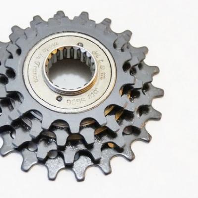 Atom 4 speed freewheel 14-24 , English treading