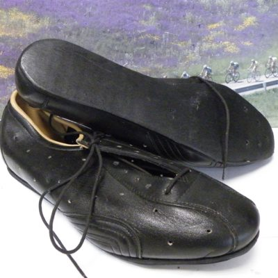 leather cycle shoes size 40 from the 1970's
